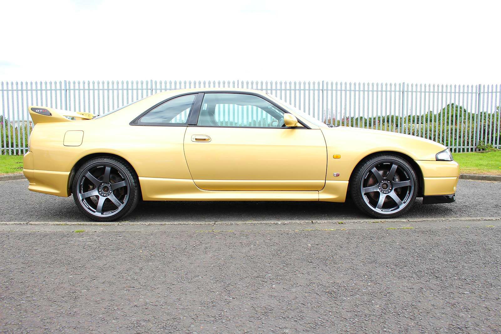 1995 Nissan Skyline R33 Gtr Top Secret Gold