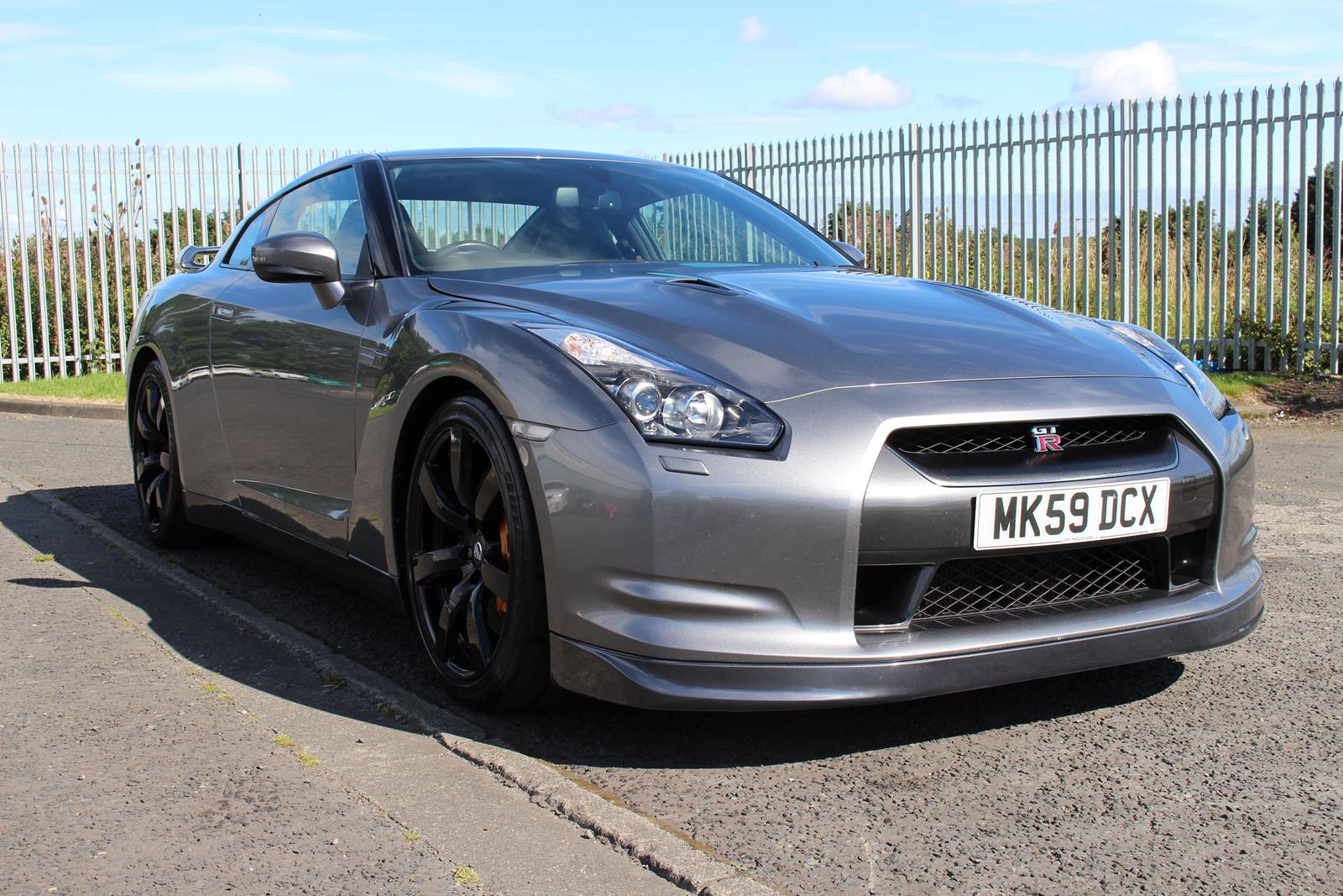 2009 nissan r35 gtr uk model sat nav no mods. Black Bedroom Furniture Sets. Home Design Ideas