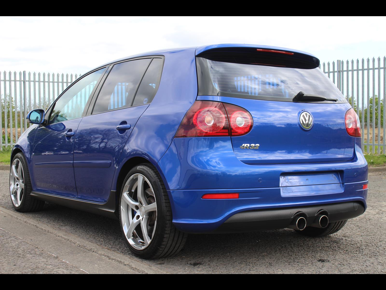 2006 volkswagen golf r32 dsg box. Black Bedroom Furniture Sets. Home Design Ideas