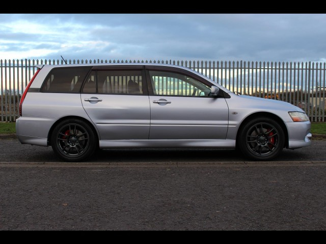 2005 Mitsubishi Evo 9 Lancer Wagon 6 Speed Manual